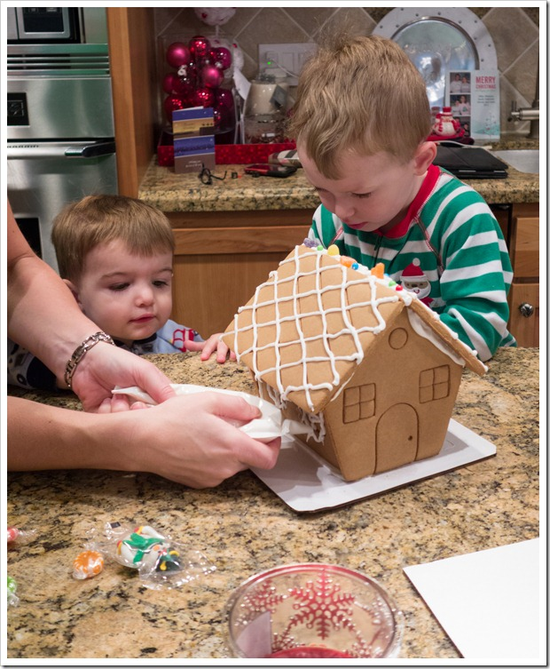 Gingerbreadhouse-00637